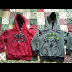 💚Lot of 2 Boys Tony Hawk Hoodies